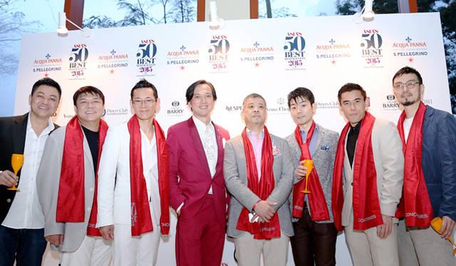 授賞式に参加した日本人シェフたちと筆者(中央)