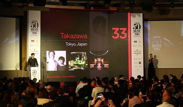 赤坂の「タカザワ(TAKAZAWA)」は、予約が取れないレストランのひとつ
