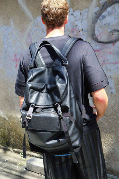 <strong>ithelicy|イザリシー</strong><br />「ALICK」(W280 × H470 × D200mm)8万8560円