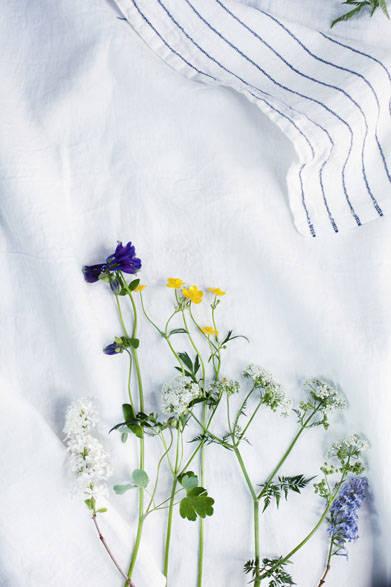<strong>LAPUAN KANKURIT ラプアン カンクリ</strong><br />「KASTE」linen blanket