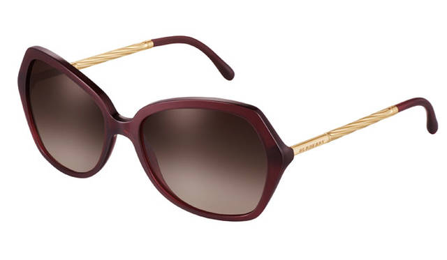 <strong>BURBERRY|バーバリー</strong><br />2015 SPRING&SUMMER EYEWEAR COLLECTION「BE 4193」