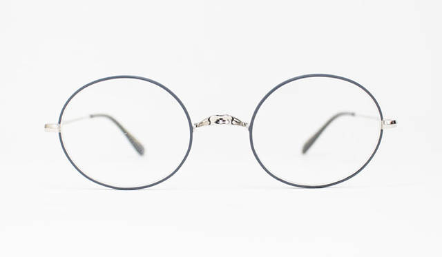 <strong>Continuer|コンティニュエ</strong><br />Oliver Goldsmith for Continuer「Oliver OVAL/PRO」(Silver Grey)3万1320円
