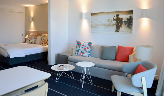 "<br> 今回、ボンダイビーチでの拠点にした<a href=""/article/952382/2#adina""  class=""link_underline"">Adina Apartment Hotel, Bondi Beach</a>"