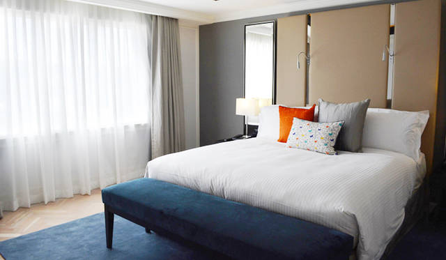 "<br> <a href=""/article/952382/2#intercontinental ""  class=""link_underline"">Intercontinental Hotel Sydney Double Bay</a>。ベッドルームからもダブルベイの眺望が"