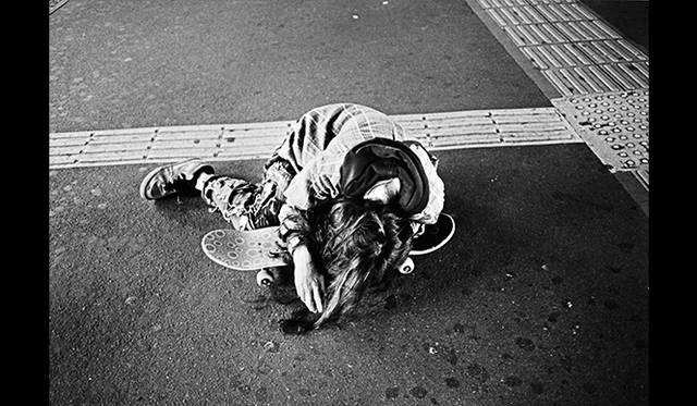 山谷佑介「Tsugi no yoru e」、 2010 Courtesy of Yuka Tsuruno Gallery © Yusuke Yamatani