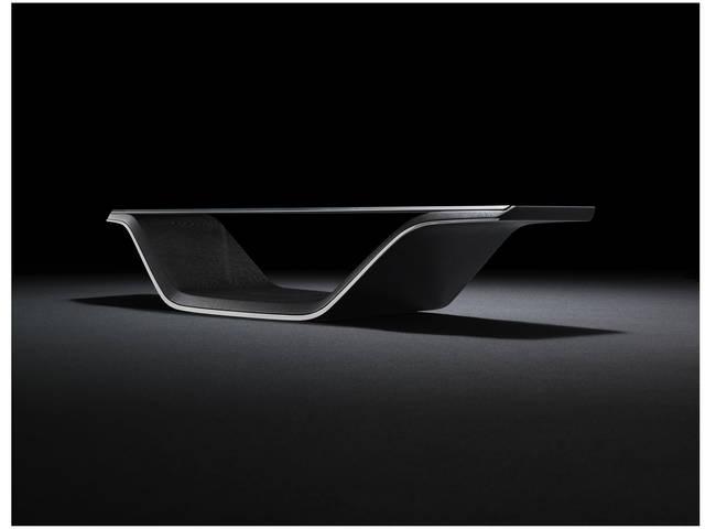 ソファと組み合わされるテーブル