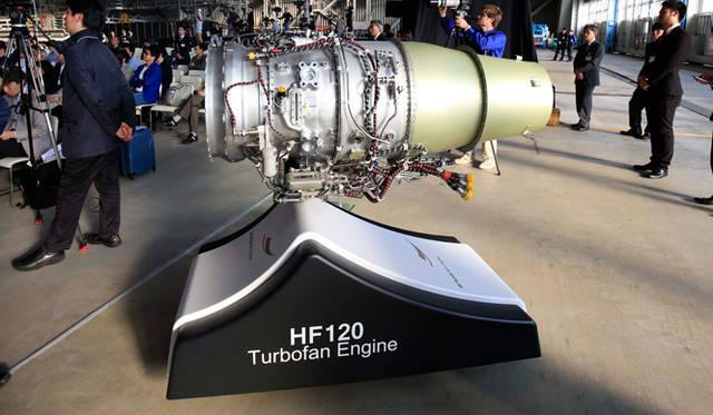 ターボファンエンジンHF120