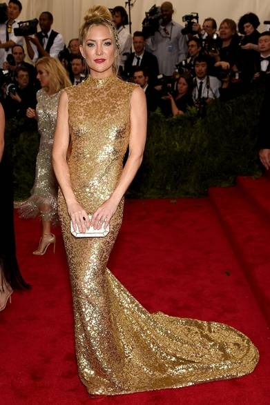 ドレス:マイケル・コース<br /><br /> Photo credit: Getty Images