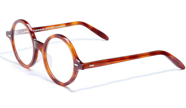 <strong>01 Lawrence Jenkin Spectacle Maker|ローレンス ジェンキン スペクタクル メーカー</strong><br/>4万5360円(ブリンク Tel. 03-5775-7525)