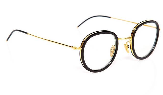 <strong>VONN ヴォン</strong><br />2015年春夏コレクション モデル「ACE」(VN-005)2万8080円