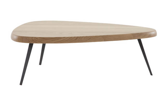 <strong>Cassina ixc.|カッシーナ・イクスシー</strong><br />全国に先駆け名古屋店で先行展示中の「MEXIQUE」テーブル