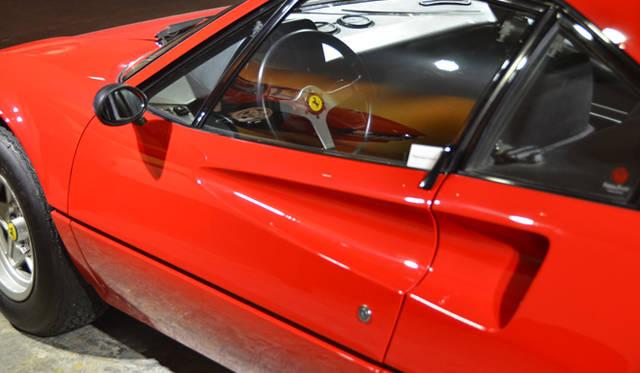 フェラーリ初のミッドシップV8モデル「308 GTB」