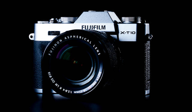<strong>「FUJIFILM X-T10 18-55mm レンズキット」</strong> <br>2015年6月25日発売予定。キットレンズは「フジノンレンズ XF18-55mmF2.8-4 R LM OIS」<br><br> <strong>富士フイルム FinePixサポートセンター</strong><br> Tel. 050-3786-1060<br /> http://fujifilm.jp/<br />