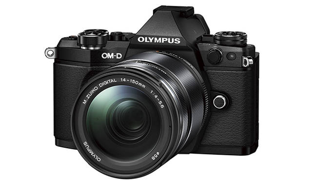 "<strong>「OM-D E-M5 Mark II 14-150mm EZレンズキット」</strong><br> キットレンズ|M.ZUIKO DIGITAL ED 14-150mm F4.0-5.6 II<br><br> <strong>オリンパスカスタマーサポートセンター</strong><br><span class=""text-freecall"">0120‐084215</span><br /> http://olympus-imaging.jp/<br />"