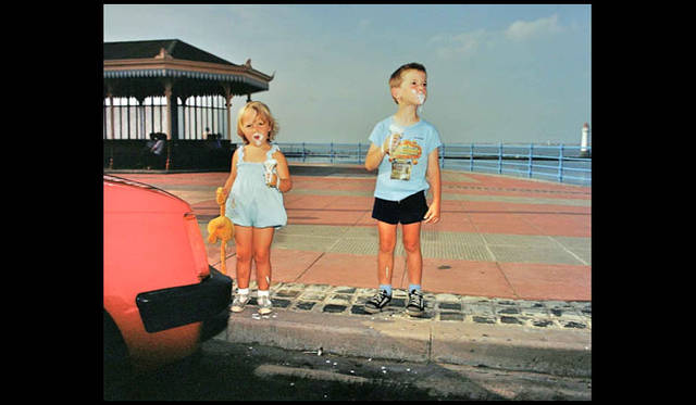 <strong>AXIS GALLERY|アクシスギャラリー</strong><br />「AXIS PHOTO MARCHE 2(AXIS フォトマルシェ 2)」 Martin Parr「The Last Resort」, 1983-86