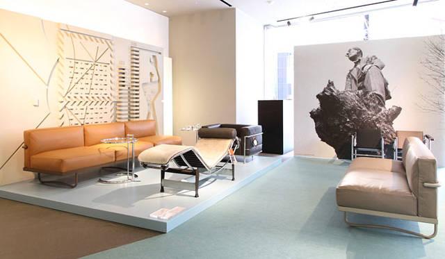 <strong>Cassina ixc.|カッシーナ・イクスシー</strong><br />「LCコレクション」復刻50周年記念 特別展示「LC50」開催(カッシーナ・イクスシー青山本店)