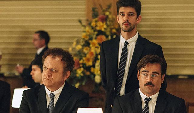 ギリシャの気鋭監督ヨルゴス・ランティモスの怪作『The Lobster』は、コリン・ファレル(写真右)、ベン・ウィショー(同中)、ジョン・C・ライリーなどの人気スターを起用した英語作品