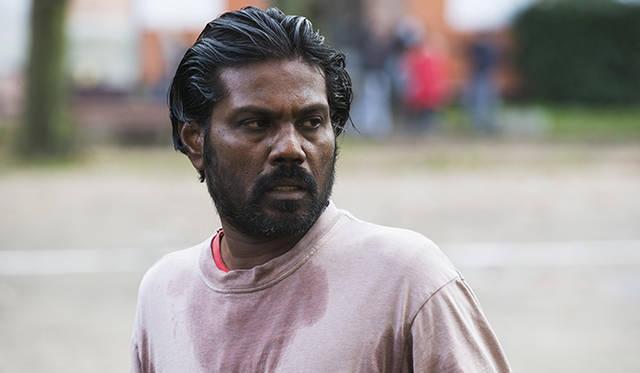 スリランカ内戦を逃れるため、フランスで難民となった1組の疑似家族の物語『Dheepan』 <br>© Paul Arnaud / Why Not Productions