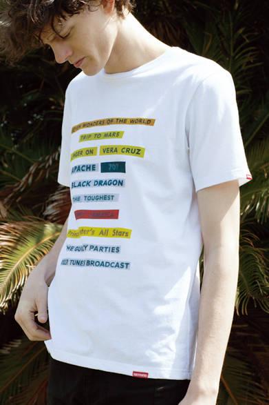 Tシャツ1万260円<阪急メンズ大阪2階『クアドロフェニア』><阪急メンズ東京4階『ガラージュ D.エディット』>