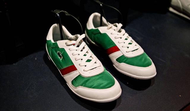 グリーン、ホワイト、レッド。爽やかなカラーリングで人気を博したラコステのスニーカー「L34」は、2008年のコレクションから