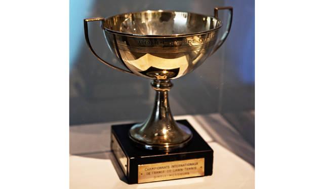 全仏オープンの男子優勝者に贈られる「クープ・ド・マスケティアズ」の製作を手がけるのは、1613年に創業し400年以上の歴史を誇るパリの老舗ジュエラー「メレリオ・ディ・メレー」