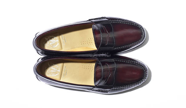 """<strong><a href=""""/brand/cole-haan"""">08 COLE HAAN コール ハーン</a></strong><br> 3万1320円(コール ハーン ジャパン Tel. 0120-56-0979)"""