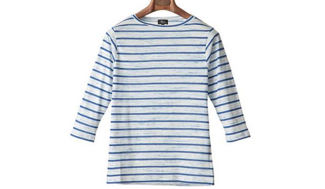 "「boat neck 3/4 sleeve border shirts」<br /> 定番モデルのボートネックのマリンボーダーは、かすりのような表情とソフトな風合いが特徴。デイリーに活躍する7分袖の一枚。8100円<a class=""link_underline"" href=""http://rumors.jp/fs/rumors/harriss/g020288"" target=""_new"">(商品詳細はこちら)</a>"
