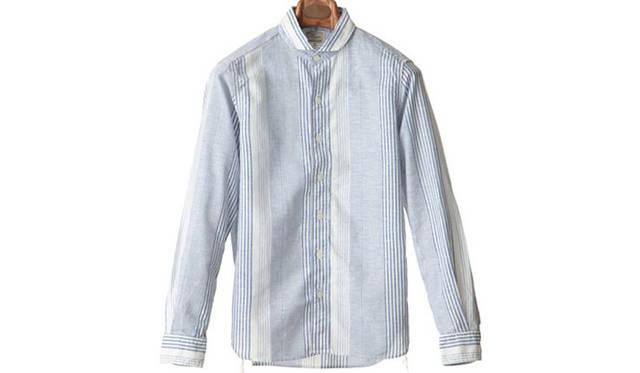 """「pajamas stripe work shirts」<br /> リネン×コットンのパジャマストライプのラウンドカラーシャツ。ガゼットに別布(ドット)を使用。すべての下糸にレインボーの糸を使用。1万5120円<a class=""""link_underline"""" href=""""http://rumors.jp/fs/rumors/harriss/g020286"""" target=""""_new"""">(商品詳細はこちら)</a>"""