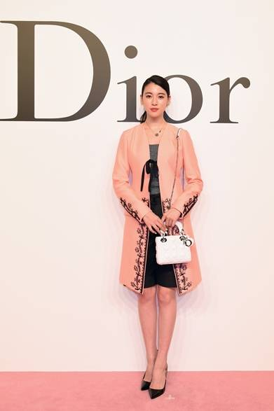 三吉彩花 Photo by Jun Sato/Getty Images for Dior