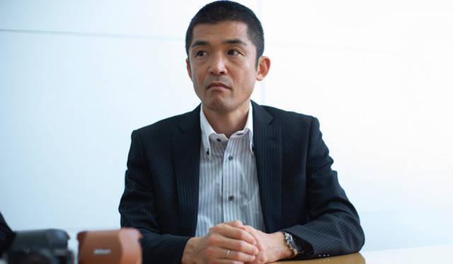 ニコン 映像事業部 第一マーケティング部第二マーケティング課の舛田知也さん。「Nikon 1 J5」の製品企画担当。「J5」の開発では、小気味よい撮り心地を追求して、誰にでも美しい写真が撮れる使いやすさにこだわって開発した