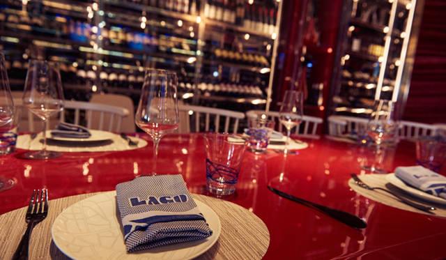 キックオフイベントの会場となったのは、「ベラージオ」内にオープンしたばかりのレストラン「ラゴ」