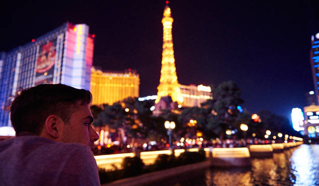 ラスベガスの魅力のひとつは、夜景の美しさ