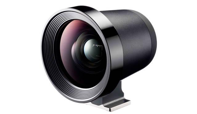 別売のLCDビューファインダー「LVF-01」は、液晶モニターに装着して使う。「SIGMA dp Quattro」シリーズ専用の設計で、外光をカットすることができ、2.5倍に拡大して撮影データのピントが確認できる。実勢価格は3万7000円前後(税別)