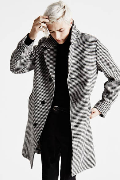 """<strong><a href=""""/brand/tom-ford"""">TOM FORD