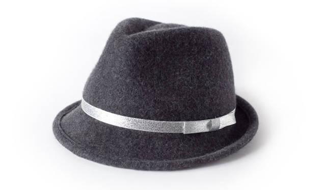 <strong>CHATEAU SCHOOL JEWEL BOX シャトースクール ジュエルボックス</strong><br />スクールの制服(おんなの子用の冬帽子)