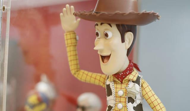 <strong>MEDICOM TOY|メディコム・トイ</strong><br />「MEDICOM TOY EXHIBITION &#8217;15」 アルティメット ウッディ<br />&#169; Disney/Pixar