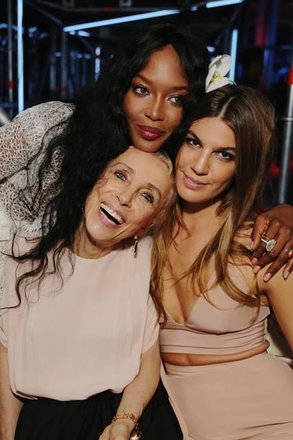 (上より)Naomi Campbell, Franca Sozzani  & Bianca Brandolini|ナオミ・キャンベル、フランカ・ソッツァーニ&ビアンカ・ブランドリーニ