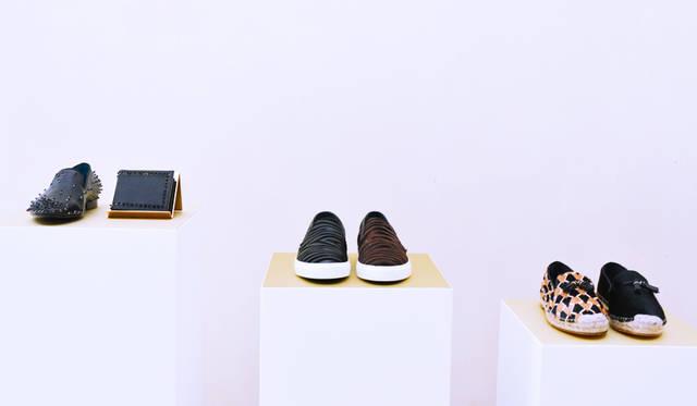 シューズブランドの「LOUIS LEEMAN(ルイ・リーマン)」のプレゼンテーション。レザーグッズの新作も、あわせて展示された<br/>©Pitti Immagine