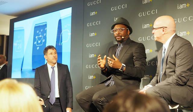 写真右から、グッチ タイムピーシズのプレジデント &  CEO ステファン・ランダー氏、世界的なミュージシャンのウィル・アイ・アム氏