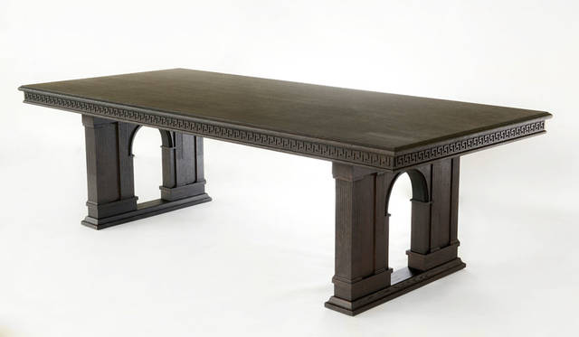 <strong>VERSACE ヴェルサーチ</strong><br />「VERSACE HOME 銀座店」 家具コレクション「Via Ges&#249; Table」