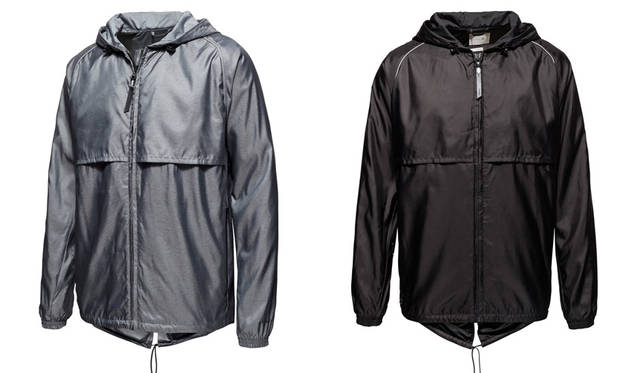<strong>PUMA|プーマ</strong><br />PUMA×STAMPD「STAMPD Athletics by PUMA」 Stampd Windbreaker 各2万7000円