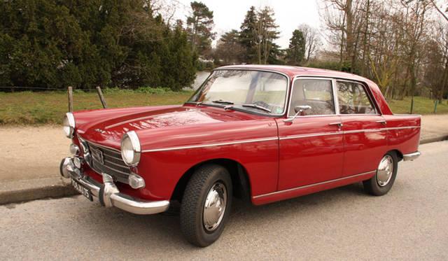 ディディエ氏が所有するもう1台のプジョー、1964年 404 ベルリーヌ。