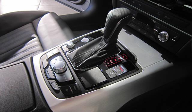 A6 3.0 TFSI quattro A6 3.0 TFSI クワトロ