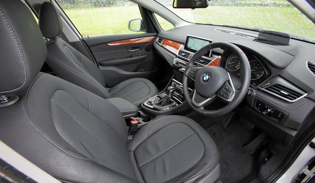 BMW 218d Active Tourer|ビー・エム・ダブリュー 218d アクティブ ツアラー