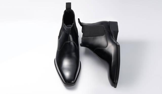 <strong>MEN'S</strong>/靴の内側に柔らかなメッシュのカップインソールを用いることで、スポーティな履き心地を実現したサイドゴアブーツ。靴のソールは写真1と同じ仕様。2万7000円
