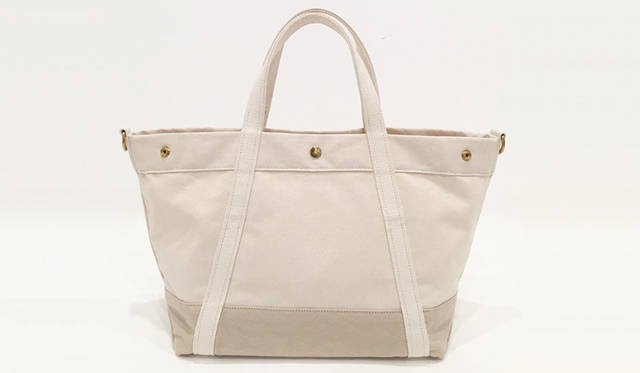 <strong>edit & co.|エディット アンド コー</strong><br />トートバッグ「CANVAS」ミディアムサイズ(Natural × Beige)