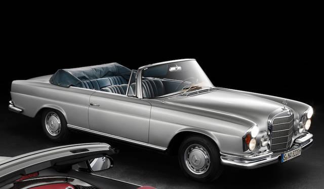 """1961から72年に登場した""""先代の""""W111型Sクラス カブリオレ"""