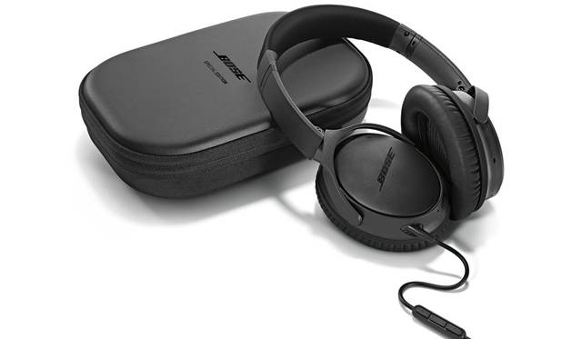 <strong>BOSE|ボーズ</strong><br />「Bose&reg; QuietComfort&reg;25 Acoustic Noise Cancelling headphones Special Edition Triple Black」3万7800円