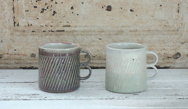 <strong>MISHIM POTTERY CREATION|ミシン ポタリー クリエーション</strong><br />double mug 4100円(税抜)