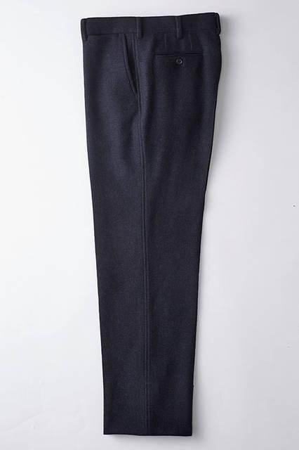 <strong>TAKEO KIKUCHI|タケオキクチ</strong><br />「The Stylist Japan × TAKEO KIKUCHI」パンツ3万1320円